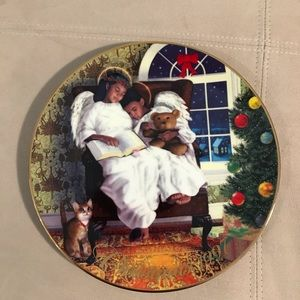 Avon Fine Collectibles Christmas Plate